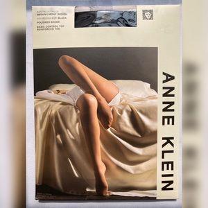 NEW 5 PAIRS Anne Klein Black Tights Sz Medium